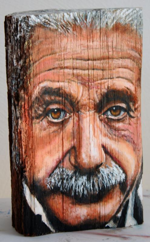 Albert Einstein, Acryl auf Holzscheit, ca. 15 cm X 25 cm X 10 cm